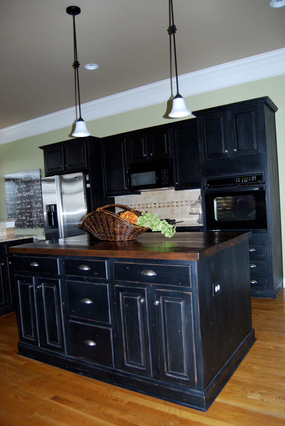 Kitchen cabinet painting franklin tn kitchen cabinet for Black kitchen cabinets photos
