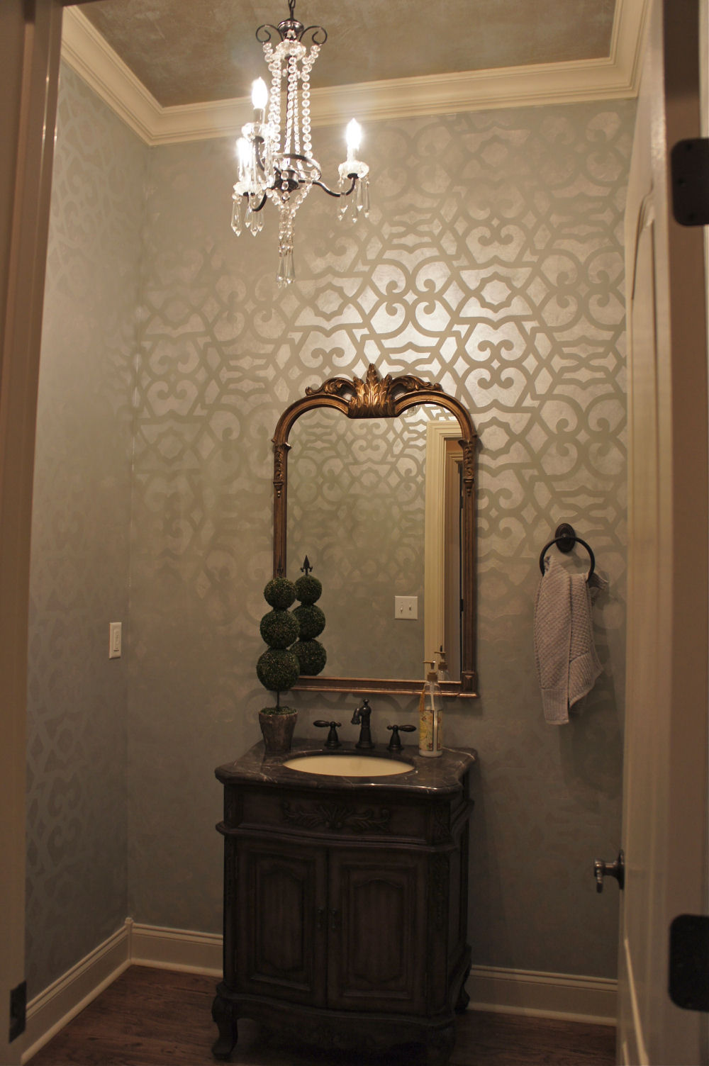 Stencil Painting By Bella Tucker Decorative Finishes