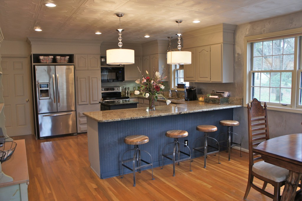 island painted in annie sloan paint graphite cabinet painting nashville tn   kitchen makeover  rh   bella tucker com