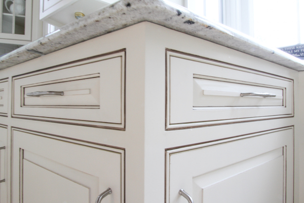 white glazing diy cabinet kitchencabinetsnews glazed aura kitchen cabinets organizers