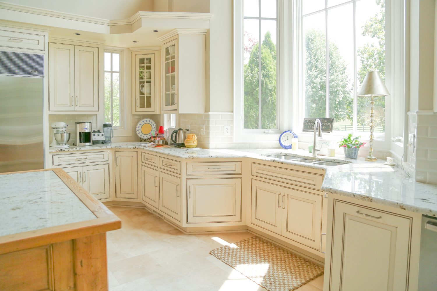Glazed kitchen cabinets- Bella Tucker Decorative Finishes