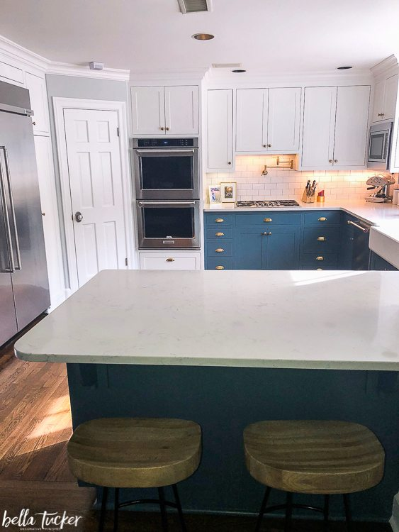 Blue And White Two Toned Kitchen Cabinets Bella Tucker