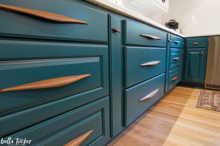 depot bay cabinet hardware