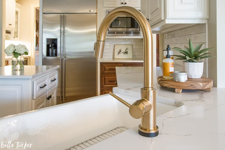 Delta Trinsic faucet in Champagne Bronze